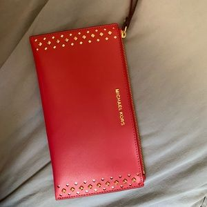 HOT PINK Michael Kors wristlet